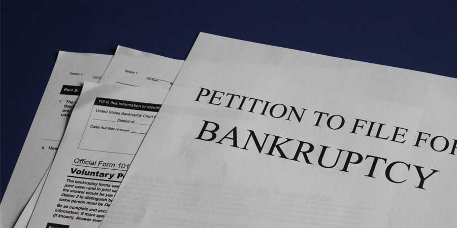 Czym w praktyce jest upadłość firmy i jej bankructwo?